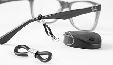 Fixation loop for glasses